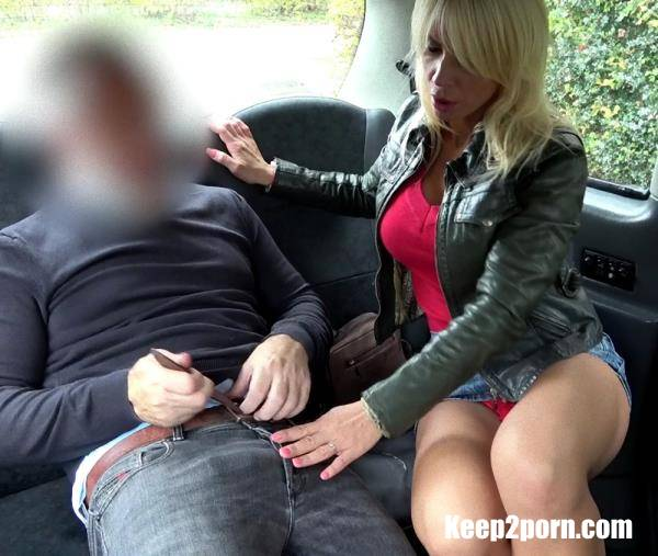 Tiffany Rousso - Rough fuck for sexy Hungarian MILF [HD] - FakeTaxi