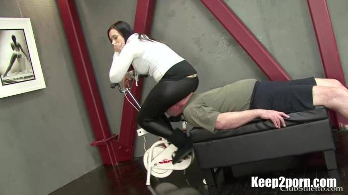 Mistress Kate - Face Rubbed Raw [ClubStilettoFemdom / HD 720p]