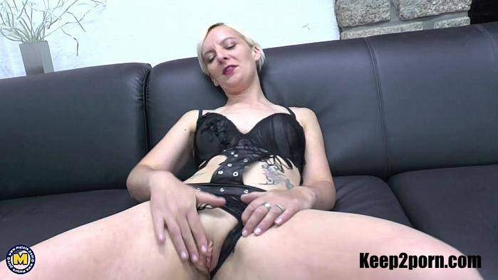 Ladypam (EU) (40) - Cum guzzling and anal loving mature Ladypam gets a double penetration [FullHD 1080p] Mature.nl