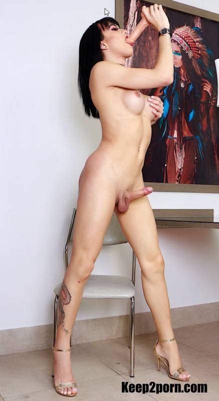 Nataly Sousa - Dildo For A Greedy Trans Ass [DreamTranny / FullHD 1080p]